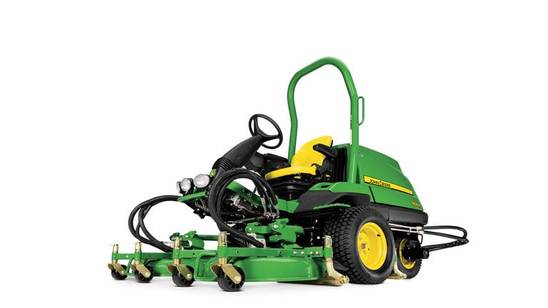 7400A TerrainCut™ Trim & Surrounds Mower