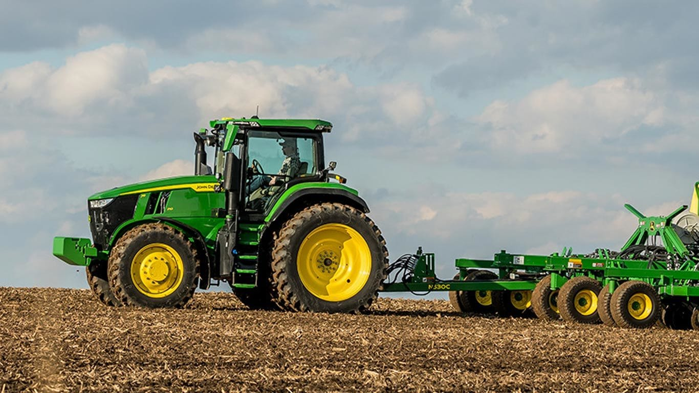John Deere 7R 230 Row-Crop Tractor