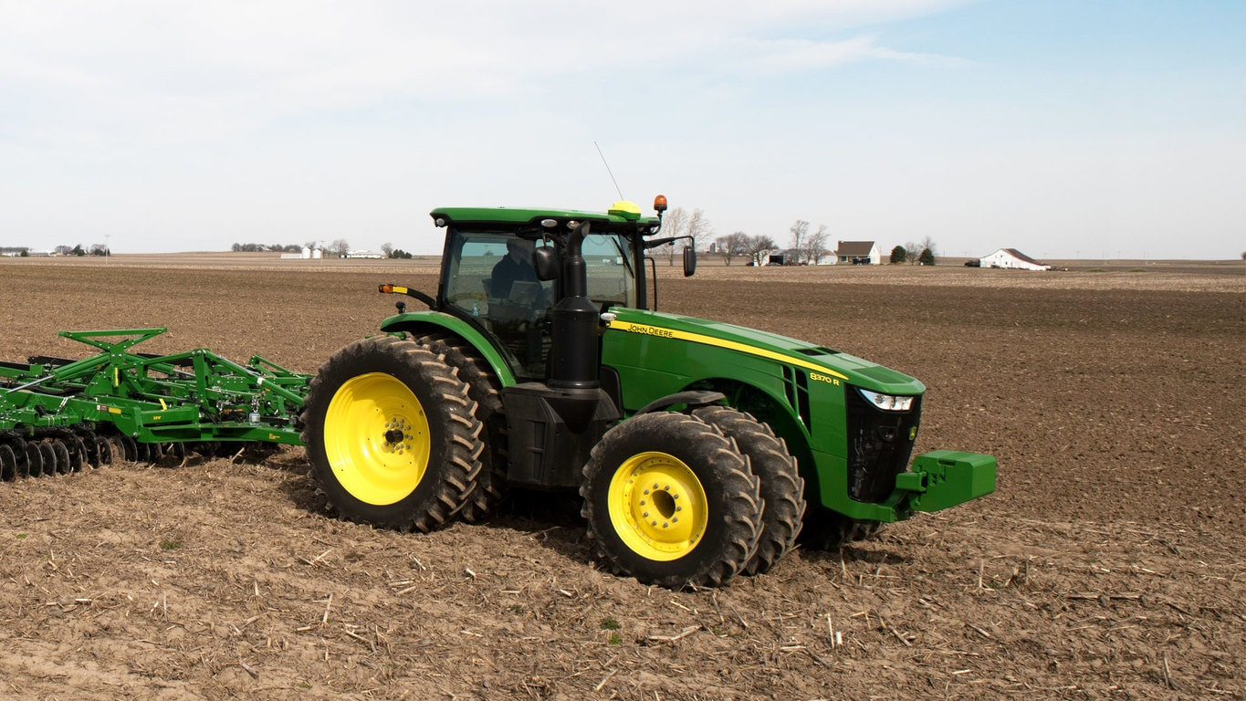 8370R Tractor - New 8R/8RT Series - Riesterer & Schnell Inc