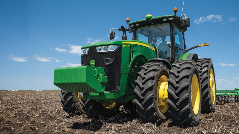 8400R Tractor
