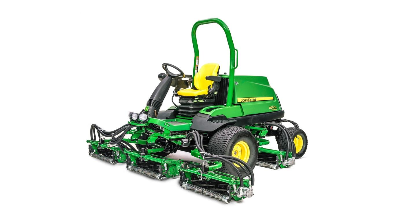 8900A PrecisionCut™ Large-Area Reel Mower