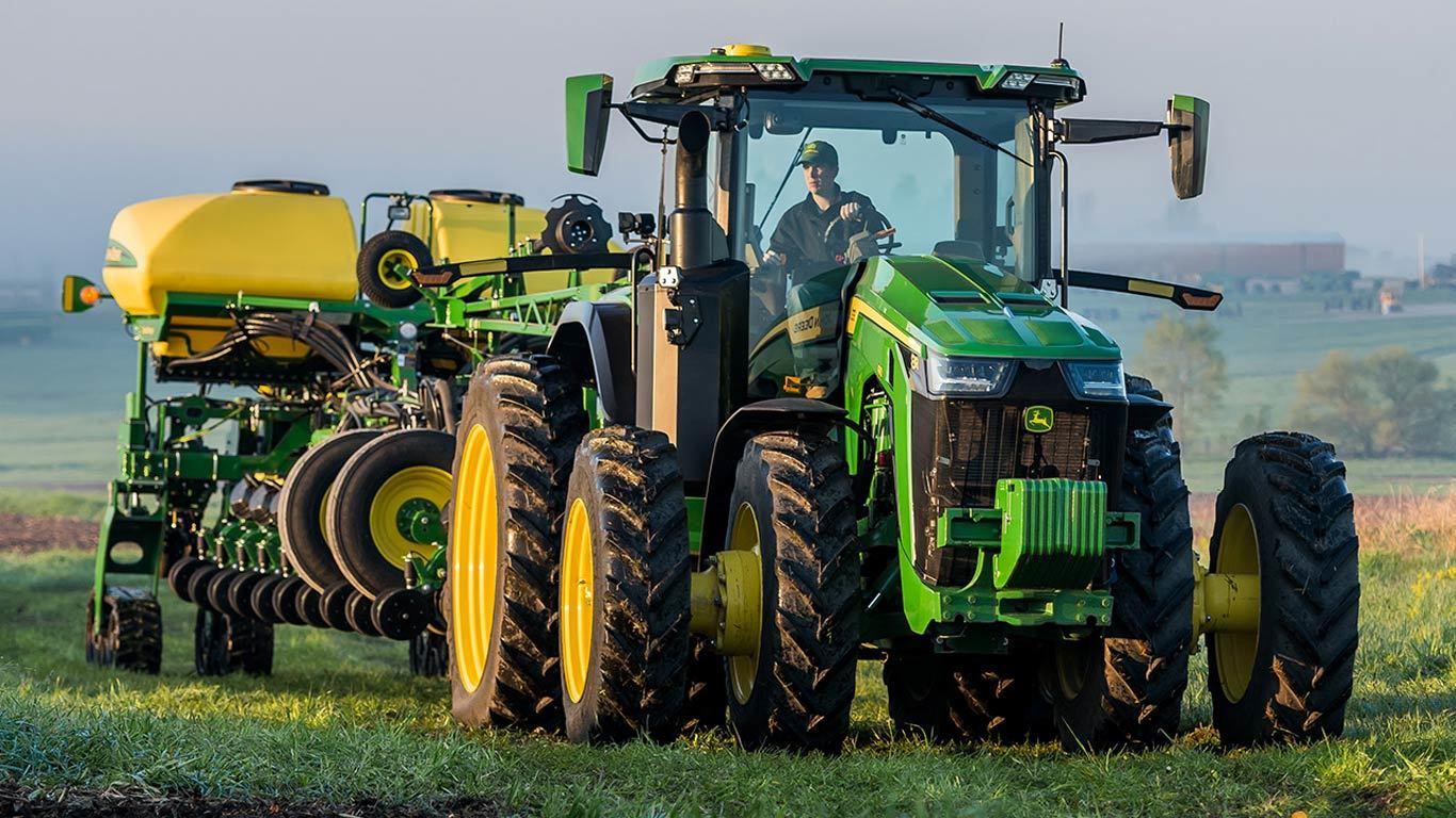 John Deere 8R 310 Row-Crop Tractor