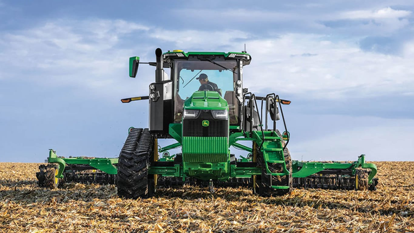 8RT 370 Two-Track Tractor
