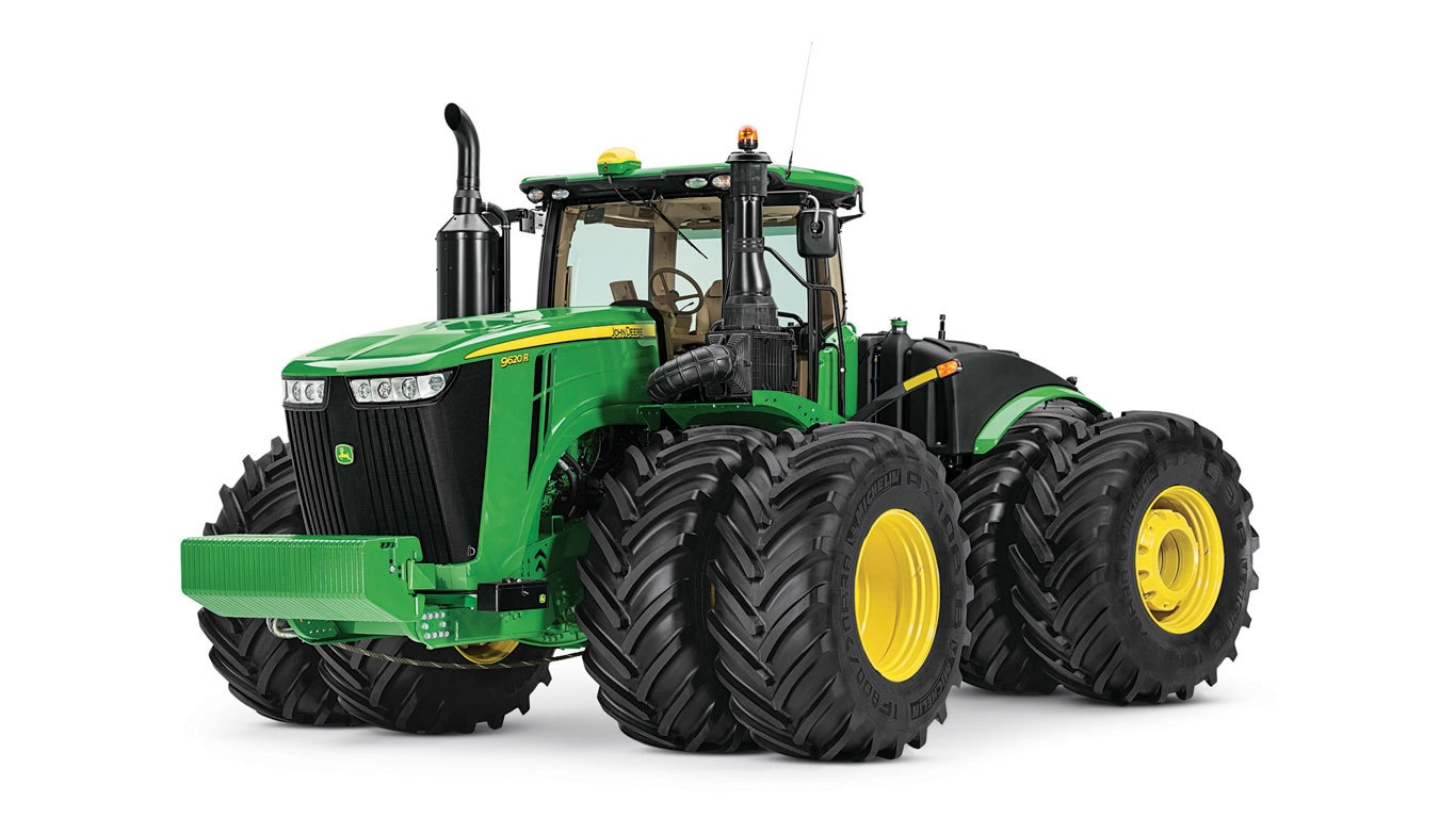 Four-Wheel Drive Tractors (370-620HP)