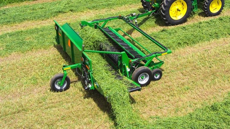 HM12 Series Hay Mergers