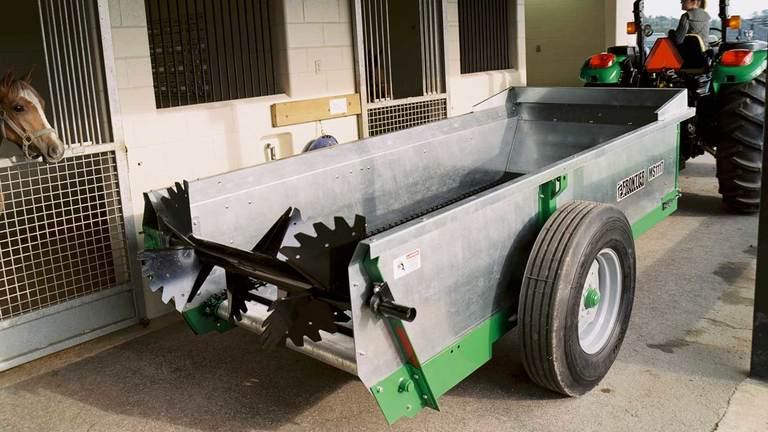 MS11 Series Chain-Unloading Manure Spreaders