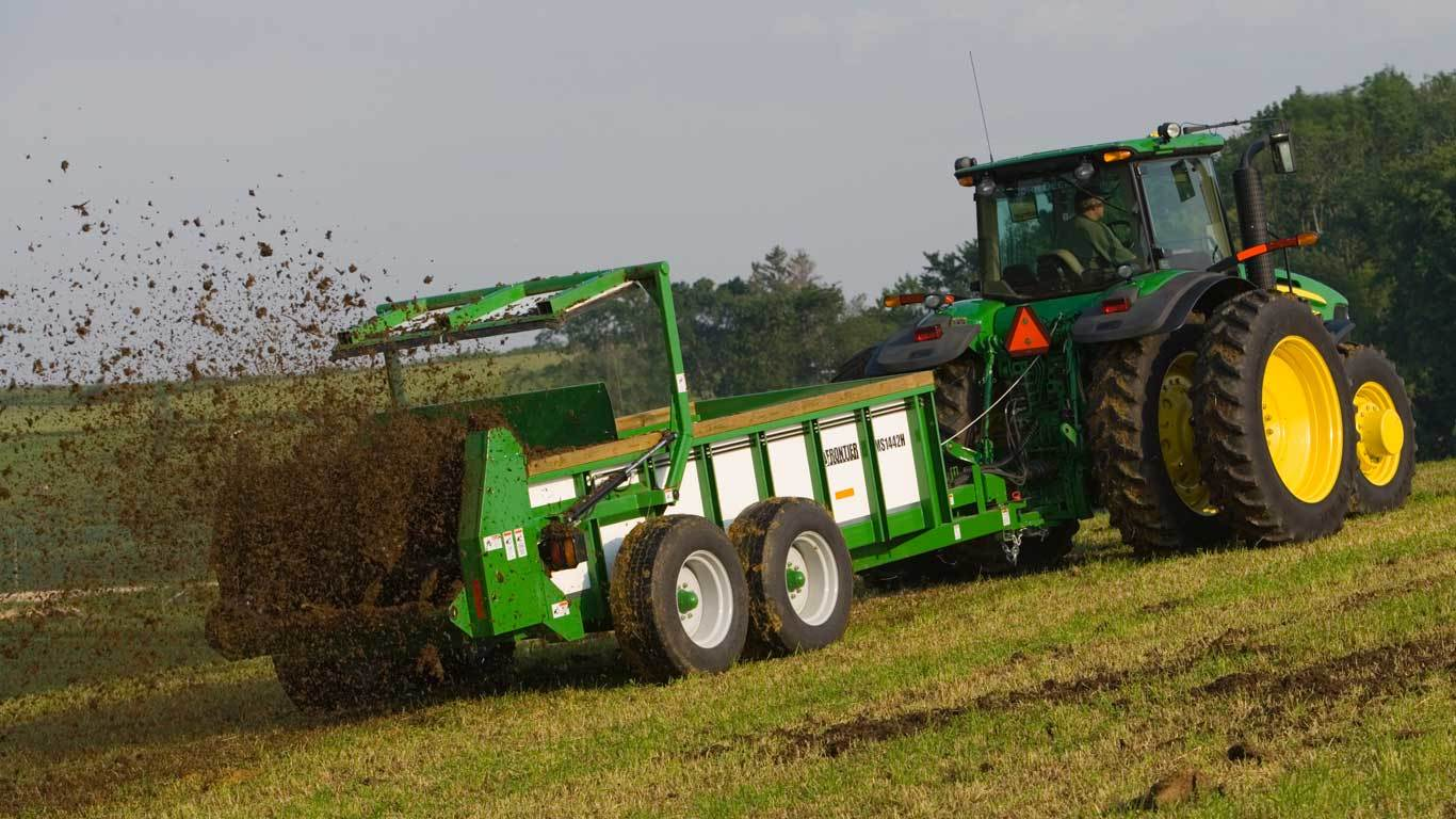 MS14 Series Large Hydraulic-Push Manure Spreaders