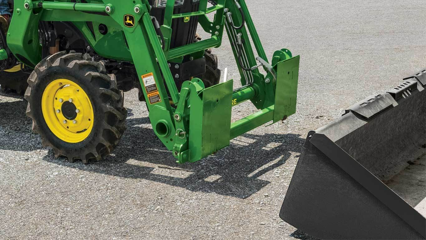 SA20 Series Skid Steer Carrier Adapter