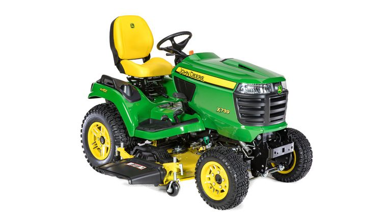 X739  Signature Series Lawn Tractor