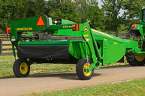 800 Series Mower-Conditioners