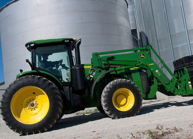 8235R with MFWD Tractor